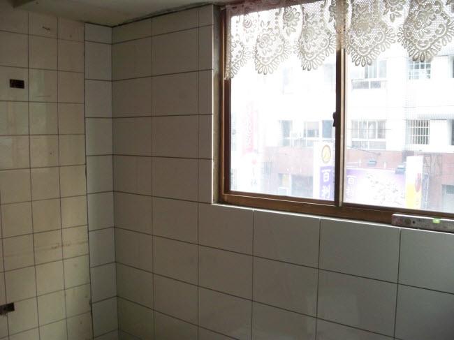 31廚房壁磚