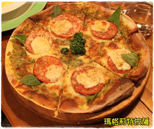 瑪格莉特披薩.JPG
