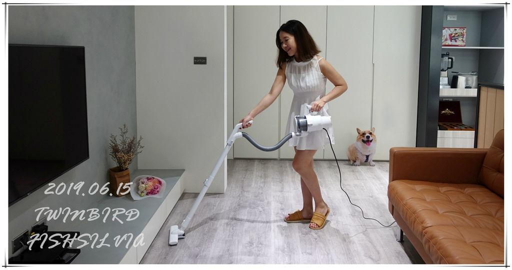 吸塵器,吸塵器推薦,Twinbird,兩用吸塵器,日本電器,居家清潔,電器,家電,手持吸塵器,直立式吸塵器,送禮家電