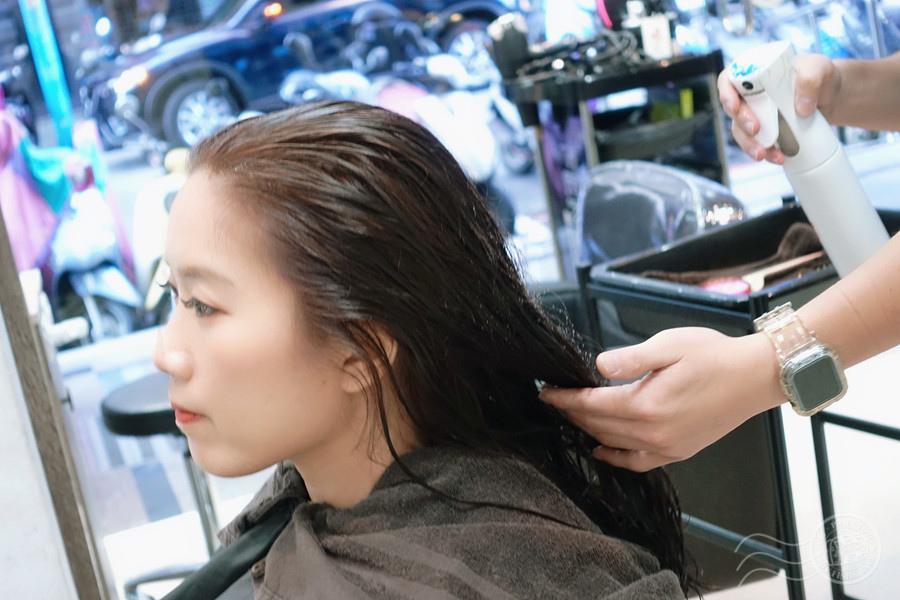 美髮,護髮推薦,染髮推薦,美髮沙龍,板橋美髮,板橋髮廊,板橋染髮,霧感髮色,美髮設計師,台北美髮,AZONE髮廊,板橋染髮推薦