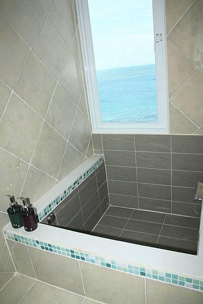 302海景蜜月二人房-浴缸