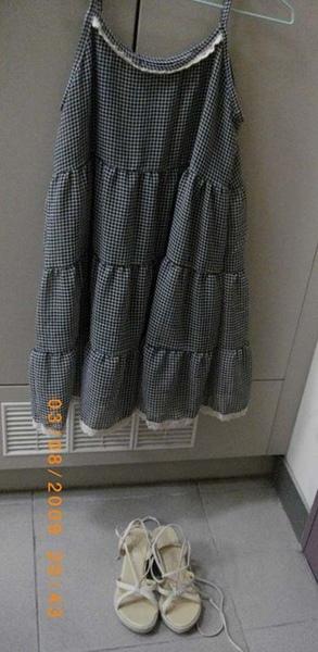 鞋子是為了搭這件洋裝才買的XD.jpg