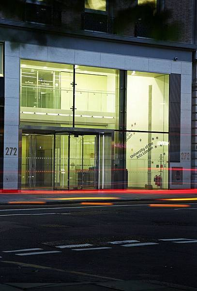 University_of_the_Arts_London__High_Holborn3.jpg