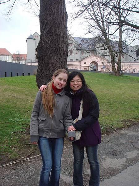 去古典威瑪玩(跟同行的雙胞胎姊妹之一影).jpg