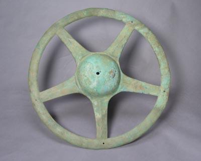 銅太陽形器