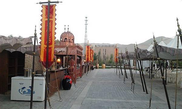 8.敦煌文化雕塑博覽園3