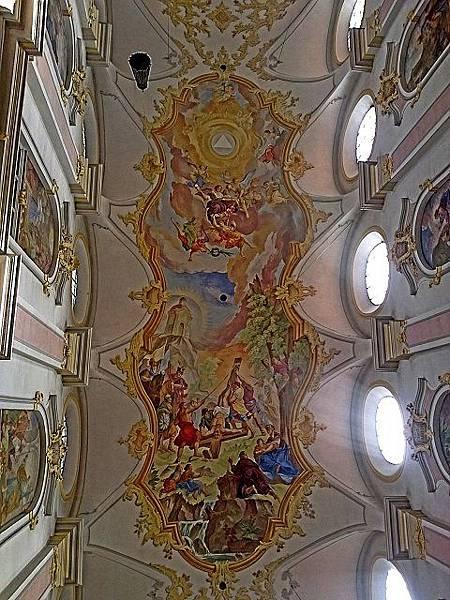 聖伯多祿教堂2.jpg