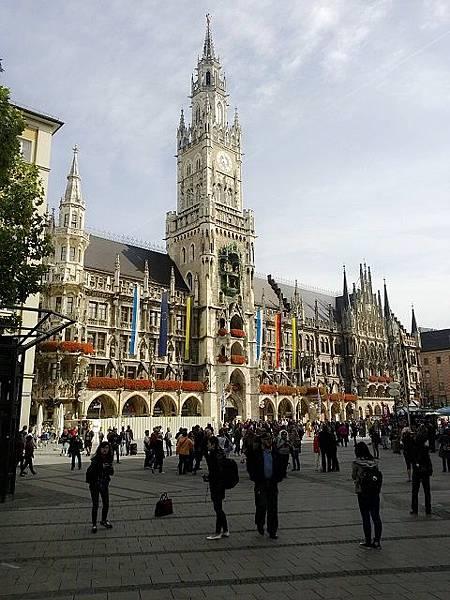 慕尼黑市政廳1.jpg