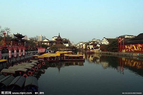 7.秦淮河日景.jpg