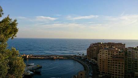 圖五:由摩納哥親王宮殿眺望海港一景.JPG