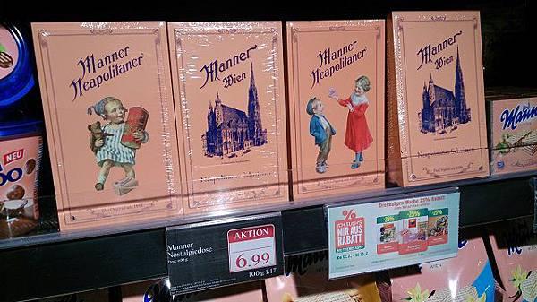 圖四 以史蒂芬教堂為商標的夾心酥餅乾有近200年的歷史(此為奧地利超市的特價活動).JPG