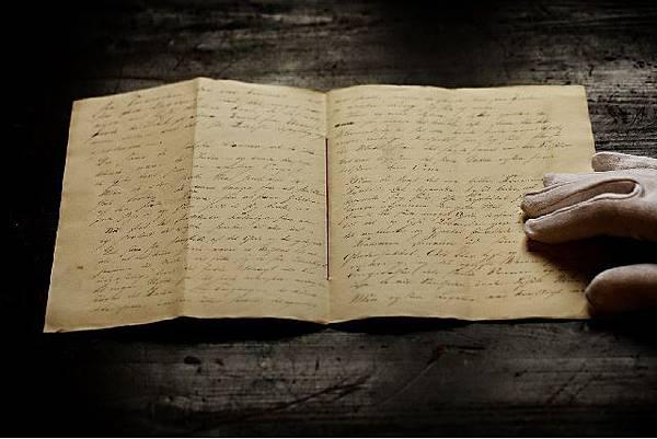 (圖二)安徒生手稿《牛油蠟燭》.jpg
