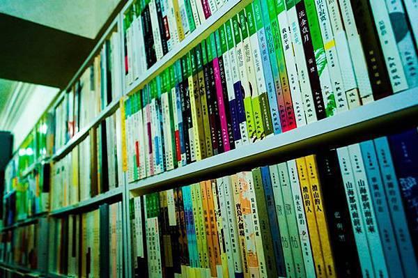 (圖二)書店排列.jpg