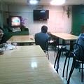 唯一有電視的餐廳