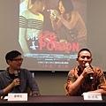 知名影評人塗翔文(左)與導演趙德胤(右)舉辦電影講座對談,講座精彩萬分