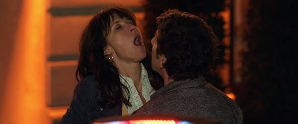 蘇菲瑪索新片【性愛診療室】酒醉在街頭激吻30秒瞬間高潮.jpg