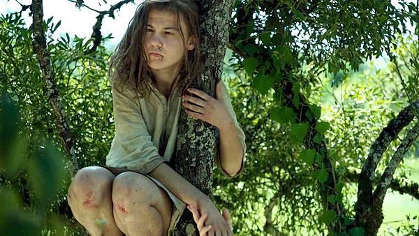 愛莉亞芮娃初試啼聲一鳴驚人,成為史上第一位角逐法國凱薩獎的聽障演員.jpg