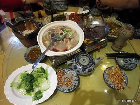 36-餐餐大魚大肉.JPG
