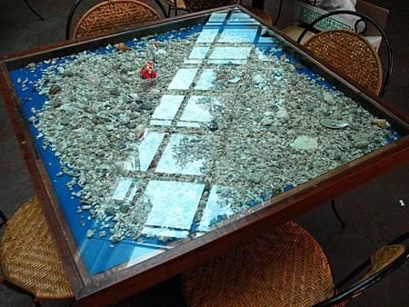 貝殼桌.JPG