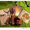 三張CD+一張DVD,200盧布,很划算!