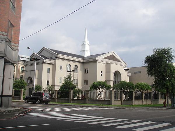 東英路教會