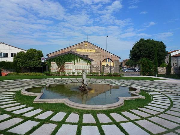 Verona B (2).JPG