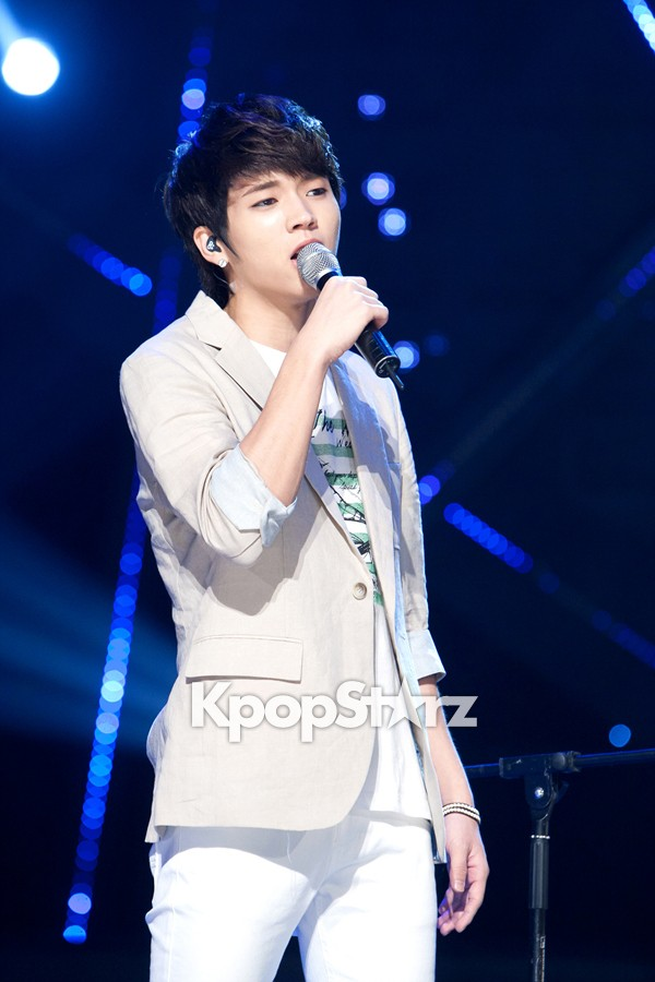 20525-infinite-powerful-stage-performance-of-m-countdown-photos