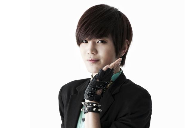 infinite_650_430_sungjong_8