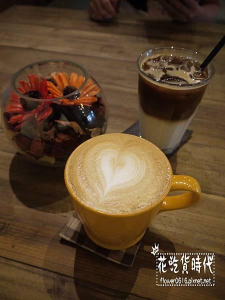 Cupgaze Cafe (3).jpg