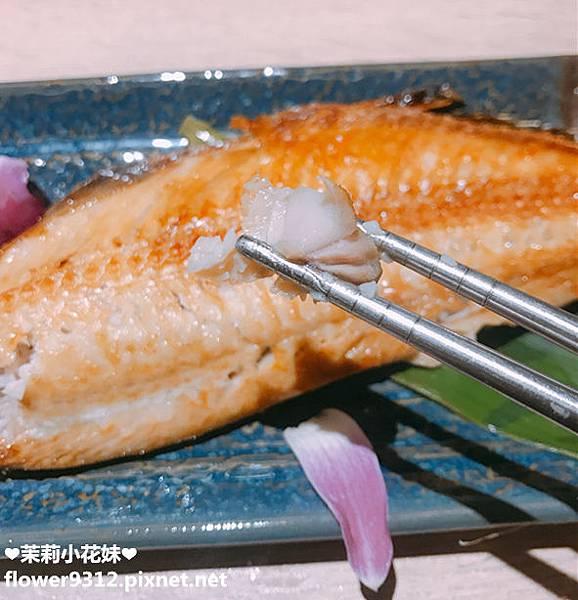 歐賣尬 日式海鮮 丼飯 串燒 (22).JPG