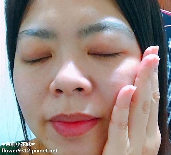 JIAHUI 佳慧 QQ微粒按摩面膜 五效合一化妝水 (13).JPG