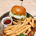 Take Out Burger&Cafe 手工漢堡 (10).JPG