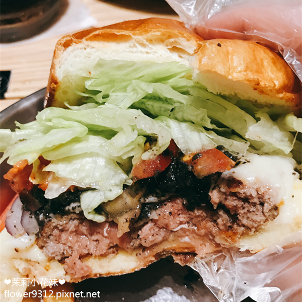 Take Out Burger&Cafe 手工漢堡 (12).JPG