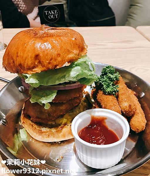 Take Out Burger&Cafe 手工漢堡 (16).JPG