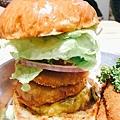 Take Out Burger&Cafe 手工漢堡 (17).JPG