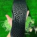 足亦歡 ZENTY 竹炭獨立筒氣墊式鞋墊 讓人路更輕鬆舒服 (8).jpg