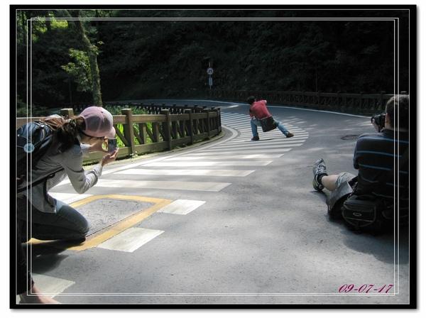 阿里山步道騎車趣.jpg