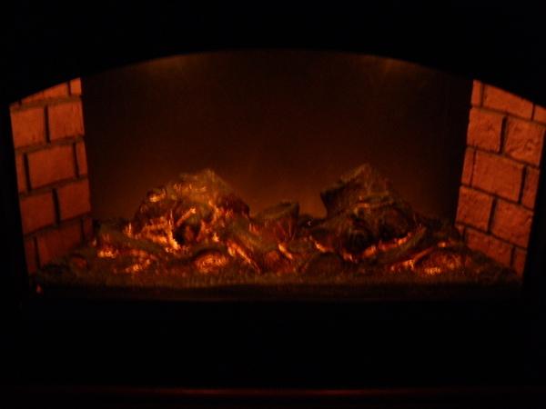 6-fireplace.JPG