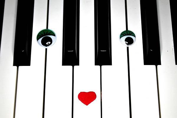 piano-756675_1920.jpg
