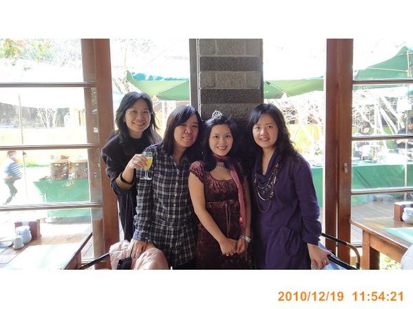 2010.12.19035.jpg