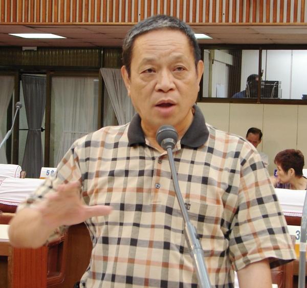 廖西仁縣議員指出,在未來直轄市合併完成前,為維護山區居民生命財產安全,玉豐攔河堰是否如期解編。