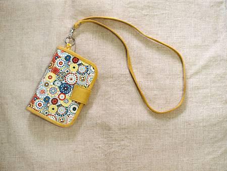 女孩兒的心花朵朵小洋裝/兩用護照套