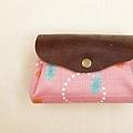 小可愛有三層零錢包|繽紛雨點。--售出。