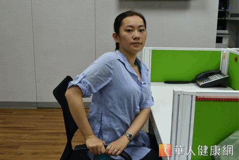 5招瑜珈伸展紓壓-02.jpg