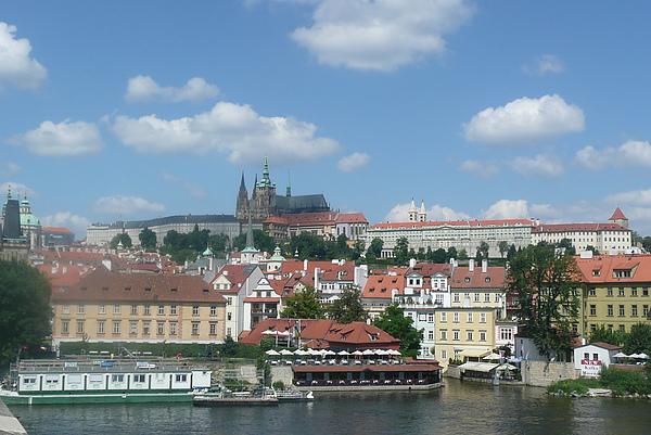 美翻了!! 布拉格城堡~