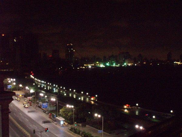 外天的夜景