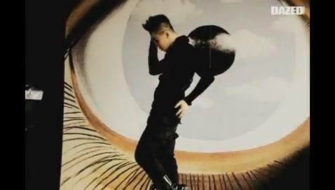BIGBANG ON THE SET OF DAZED&CONFUSED_(360p).flv0069.jpg