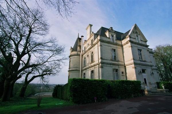 Tortiniere城堡旅館