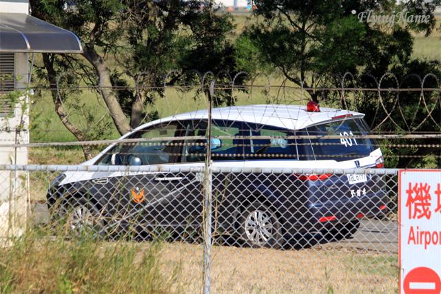 航空警察局 Luxgen MPV 警備車