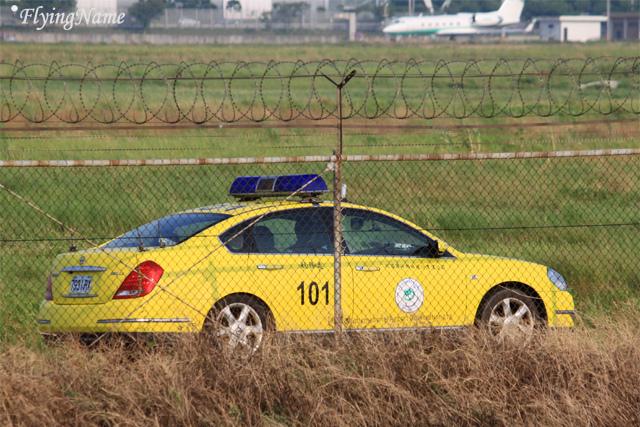 機場航務處 Nissan Teana